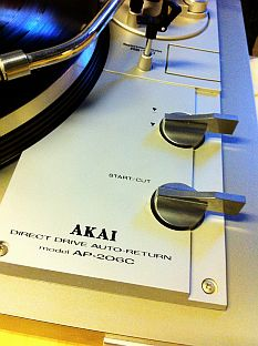 auto-return Akai
