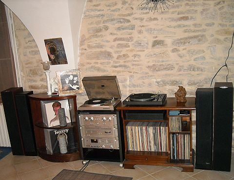marantz marque hi fi audiophile vintage imagin e par philips. Black Bedroom Furniture Sets. Home Design Ideas