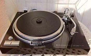 platine td de r ve entra nement direct kenwood kd 750. Black Bedroom Furniture Sets. Home Design Ideas