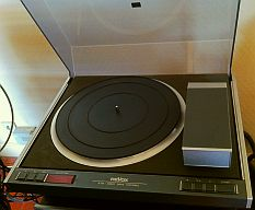 platine tourne disques haut de gamme revox b 790 bras tangentiel linatrack de 1976. Black Bedroom Furniture Sets. Home Design Ideas