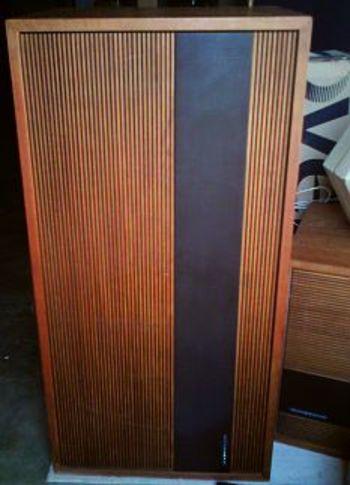 enceintes acoustiques 3 voies tandberg hifi system 15 haut de gamme vintage fa ade bois m tal. Black Bedroom Furniture Sets. Home Design Ideas