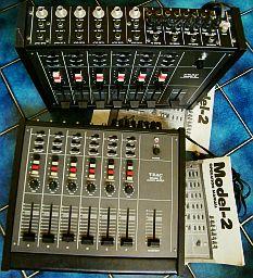 Console de mixage multipistes professionnelle teac model 2 - Table de mixage professionnelle studio ...